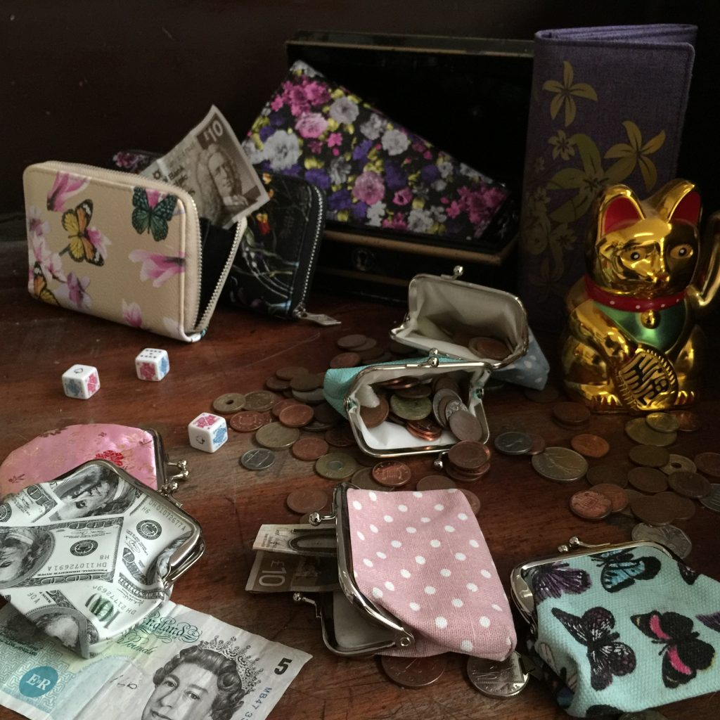 Wholesale wallets and coin-purses. Where the money is!